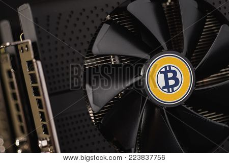 Bitcoin Gold Coin Cryptocurrency Mining Using Graphic Cards