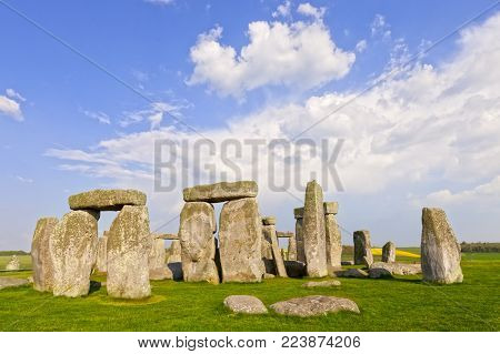 Stonehenge Stone Circle, Wiltshire, England - the famous Stonehenge megalithic monument in Wiltshire, England, on a fine spring evening.