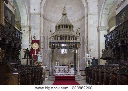 Trogir, Croatia - August 12 2017: Interiors Of The Cathedral Of St.lawrence In Trogir, Croatia