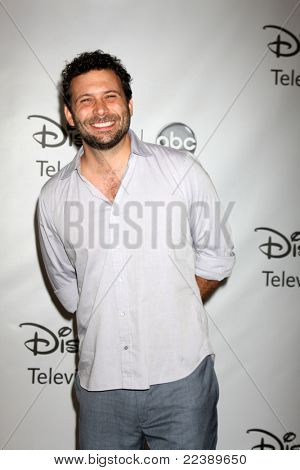 LOS ANGELES - AUG 7:  Jeremy Sisto arriving at the Disney / ABC Television Group 2011 Summer Press Tour Party at Beverly Hilton Hotel on August 7, 2011 in Beverly Hills, CA