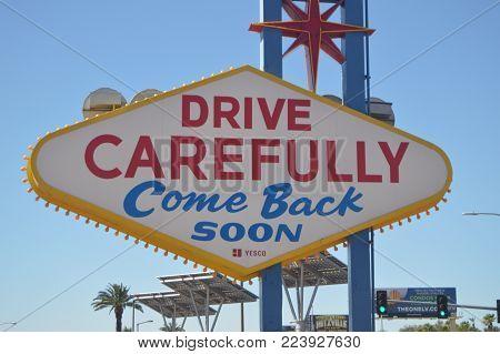 Come Back Las Vegas Sign On The Las Vegas Strip. Travel Holidays June 26, 2017. Las Vegas Strip, Las Vegas Nevada USA.EEUU.