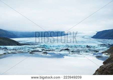 Vatnajokull glacier, Hoffellsjokull glacier lake, south Iceland.