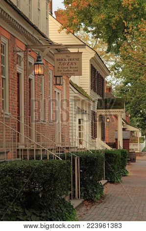 Williamsburg, Va - October 6: The Brick House Tavern Serves As An Excellent Base For Visitors To Exp