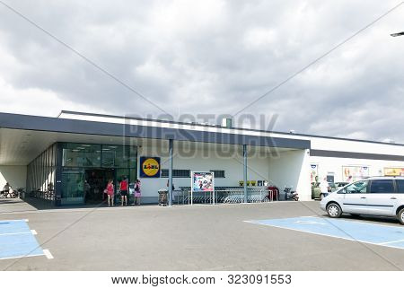 Pomorie, Bulgaria - September 06, 2019: Lidl Stiftung & Co. Kg Is A German Global Discount Supermark