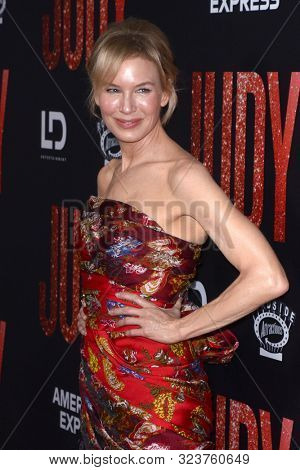 LOS ANGELES - SEP 19:  Renee Zellweger at the