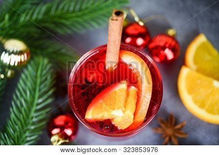 Christmas Mulled Wine Delicious Holiday Like Parties Pine Tree Orange Cinnamon Star Anise Spices For