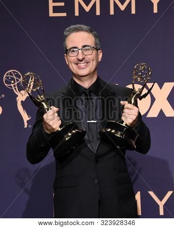 LOS ANGELES - SEP 22:  John Oliver at the Emmy Awards 2019: PRESS ROOM at the Microsoft Theater on September 22, 2019 in Los Angeles, CA
