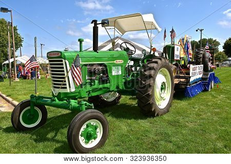 Yankton, South Dakota, August 16, 2019: A Restored Vintage Case 770 Tractor Is Displayed At The Annu