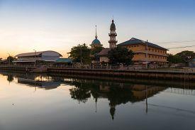 Da Rul Muttakin Mosque In Bangkok , Thailand