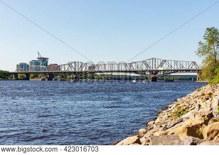 Canada, Ottawa - May 23, 2021: Panoramic View Of Ottawa River And Alexandra Bridge From Ottawa To Ga