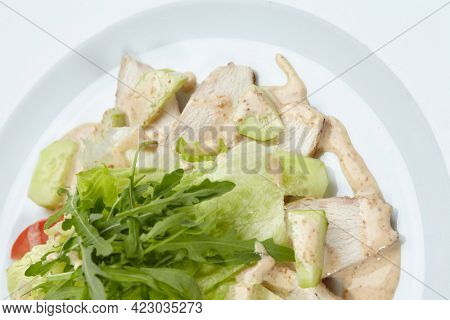 salad with chicken and salad