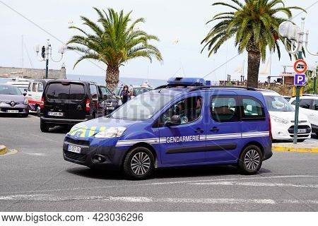 Bordeaux , Aquitaine France - 06 06 2021 : Gendarmerie France Car Means In French Military Police Ve
