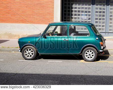 Bordeaux , Aquitaine France - 06 06 2021 : Mini Cooper Classic Limited Edition In British Green Colo