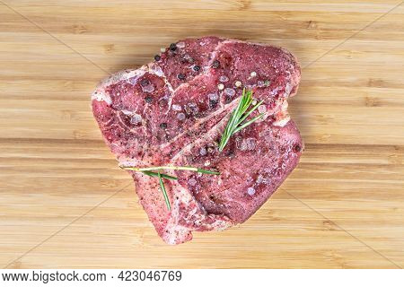 Black Angus T Bone Steak Isolated Raw Meat Tbone. Veal Beefsteak Cut For Barbeque. Uncooked Aged Bov