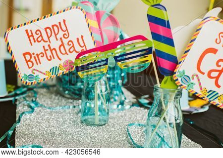 happy birthday props and accessories