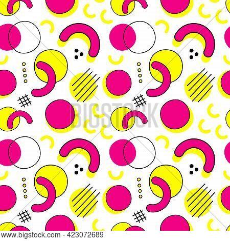 Memphis Stile Stereos Seamless Pattern. Geometric Background. 80s - 90s Trendy Vector Illustration