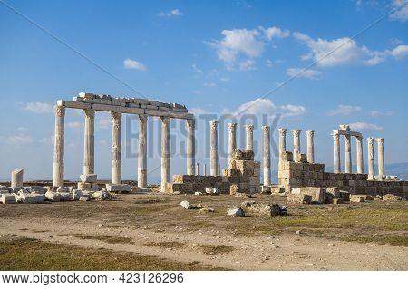 Street Colonnade Near Agora In Ancient City Laodicea, Denizli, Turkey. There Are Columns, Pylons & R