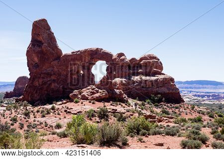 Scenic View Of The Turret Arch In The Windows Section Of Arches National Park - Moab, Utah, Usa
