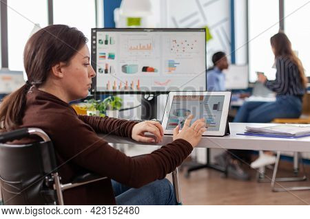 Multitasking Paralyzed Project Manager, Businesswoman With Disabilites Invalid Immobilized Woman Usi
