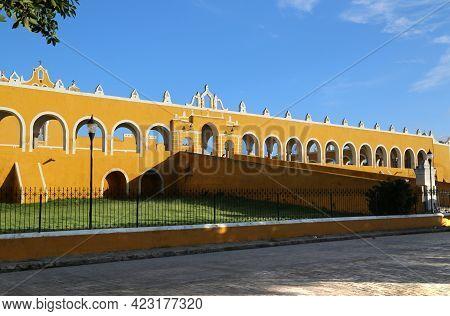 The Great Convent De San Antonio De Padua In Izamal, Mexico. High Quality Photo