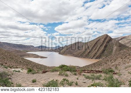 View Of The Gamkapoort Dam In The Swartberg Mountains Of The Western Cape Karoo