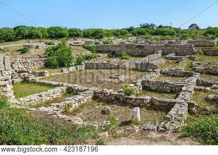 Panorama Of Remains Of Ancient City Chersonesus, Sevastopol, Crimea. There Are Ruins Of Residential
