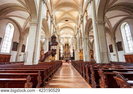 Luzern, Switzerland - July 11, 2019: Church Of St. Leodegar Or Hofkirche St. Leodegar Is A Roman Cat