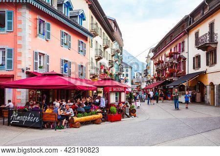 Chamonix, France - July 18, 2019: Cafe In Chamonix City Centre. Chamonix Mont Blanc Is A Commune And
