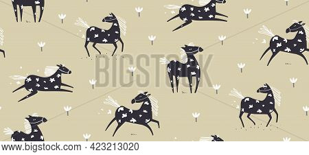 Wild Abstract Horse Seamless Pattern Running In The Field With Flowers Drawing, Scandinavian Style F