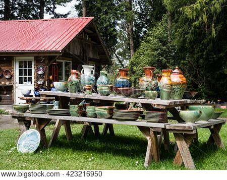 Orcas Island, Wa, Usa - April 14, 2019: Outdoor Artistic Pottery Display At Orcas Island Pottery Sto