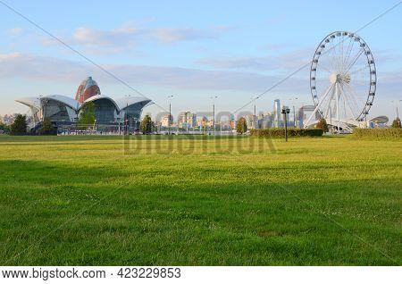 Panorama Ferris Wheel And Shopping Entertainment Center On The Caspian Sea Coast In Baku