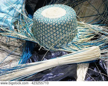 Ecuadorian Handmade Straw Hat (panama Hat), Not Finished, And Straw Used To Make It. Popular Souveni