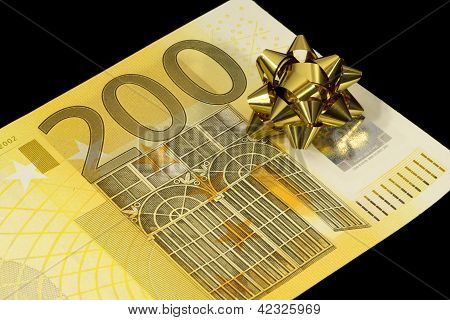 banknote of 200 euro