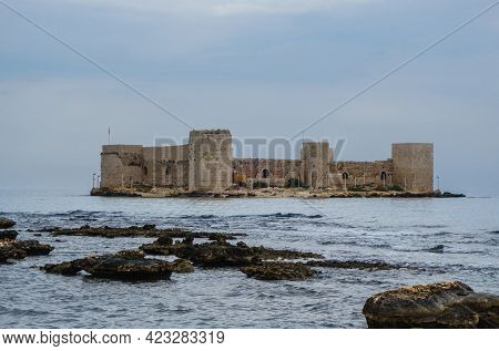 Panoramic View Onto Medieval Castle Kızkalesi, Mediterranean Sea & Reefs Near Resort City Kizkalesi,