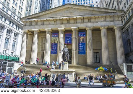 New York City,ny - April 26,2018 : Facade Of Federal Hall On April 26,2018 In Nyc. Federal Hall Was