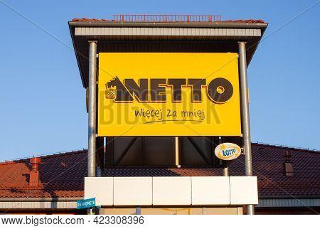 Poland, Warsaw - Jun 05, 2021: Netto Chain Store In Warsaw. Logotype Supermarket