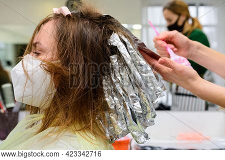 The Work Of Hairdressers During The World Quarantine, The Process Of Applying Hair Dye.