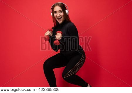Side-profile Photo Of Beautiful Positive Smiling Young Brunette Female Person Wearing Black Sport Cl