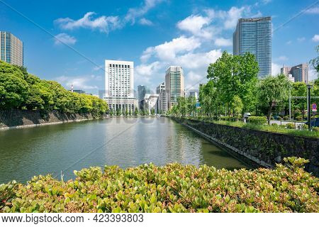 Tokyo, Japan - 12.05.2019: Water Canal And Stone Wall Of Emperor Palace Complex Viewed From Iwaida B