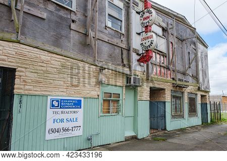 New Orleans, La, Usa - September 24, 2020: Remains Of The Famous Dew-drop Inn Hotel In Central City