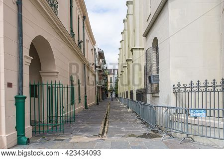 New Orleans, La - September 26: Pirate's Alley In French Quarter On September 26, 2020 In New Orlean