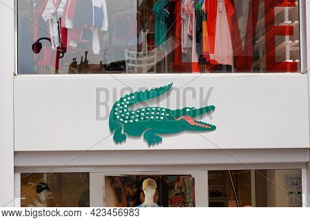 Toulouse , Occitanie France - 06 06 2021 : Lacoste Crocodile Logo Brand Fashion Shop And Text Sign S