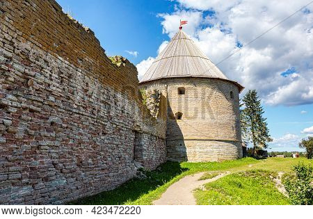 Historical Oreshek Fortress Is An Ancient Russian Fortress. View Of The Royal Watchtower. Shlisselbu