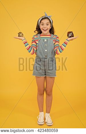 Girl Delicious Cupcakes Muffin Dessert, Yummy Food Concept