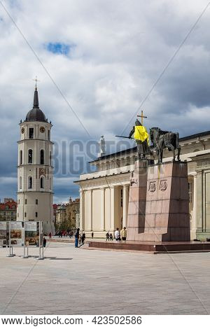 Vilnius, Lithuania - May 8, 2021: Monument Of Grand Duke Gediminas Decorated With Yellow Coat To Sup