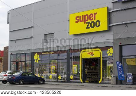 Ostrava, Czech Republic - May 3, 2021: The Storefront Of Super Zoo Company Which Sells Goods For Ani