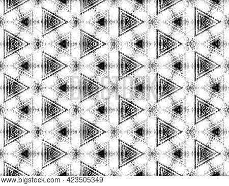 Seamless Absract Black And White Textured Pattern With Kaleidoscope Effect. Symmetric Geometric Orna