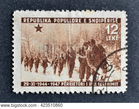 Albania - Circa 1947 : Cancelled Postage Stamp Printed By Albania, That Shows firing Line, 3rd Anni