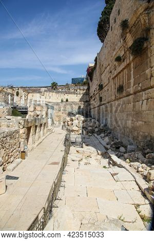 Western Wall Ruins Of Temple Mount At The Davidson Center In Jerusalem