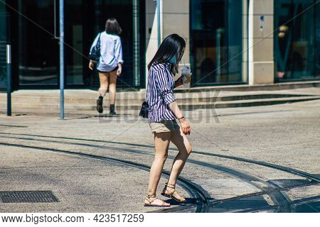 Reims France June 11, 2021 Pedestrians Walking In The Streets Of Reims During The Coronavirus Outbre